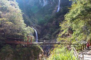 Taroko Baiyang Waterfalls