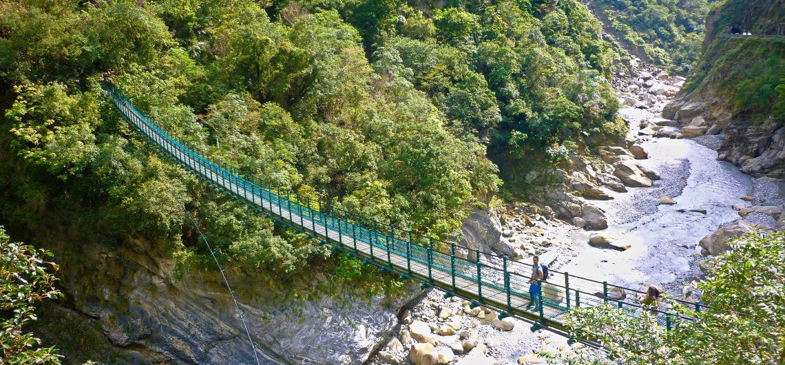 The BETTER Taroko Gorge Tour | Small Groups-Less Crowds ...