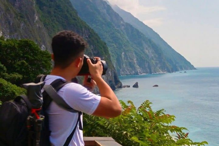 what to do in hualien? Qingshui cliffs on a taroko gorge tour. One of the best things to do in hualien.
