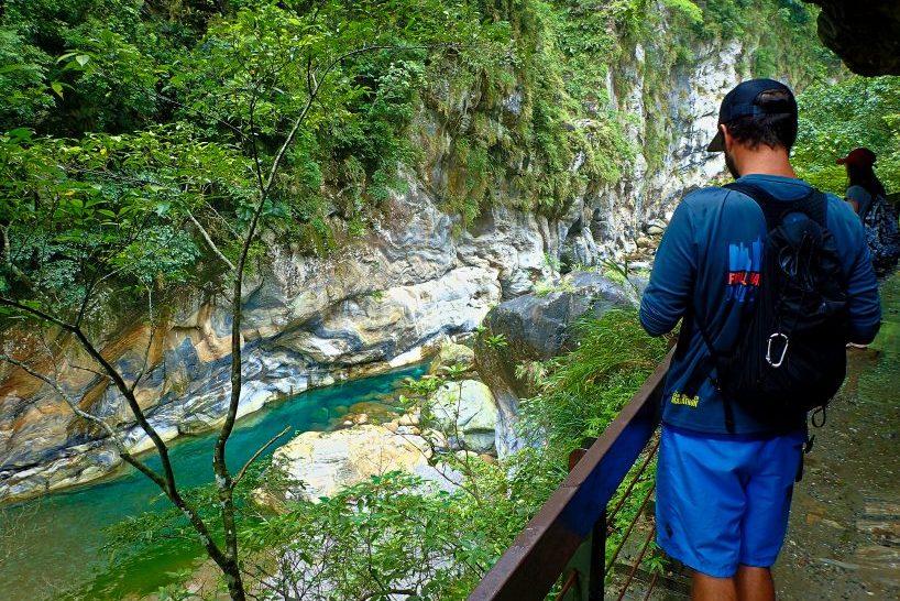 Shakadang Trail in Taroko Gorge on a taroko gorge tour, Taroko gorge trails in Taroko Park